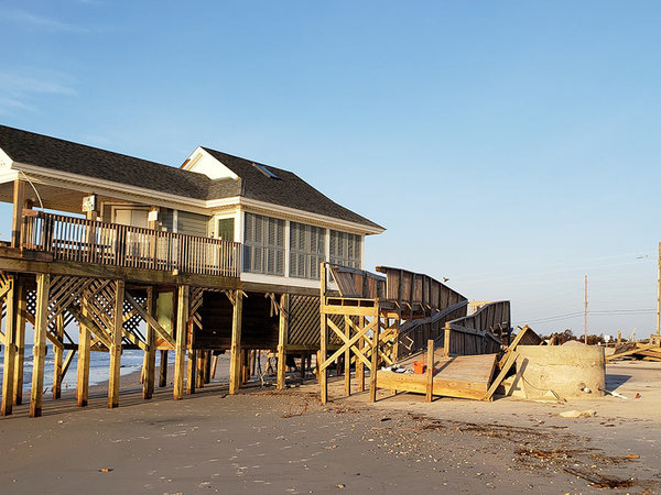 Many coastal homes are unprotected from hurricanes and homeowners have no intention of retrofitting, study finds